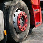 Care sunt proprietatile unui set de anvelope camioane