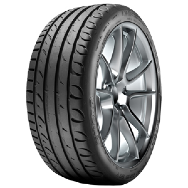 TIGAR ULTRA HIGH PERFORMANCE XL 235/40 R18 95Y